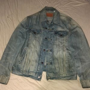 Levi's acid wash light denim jacket. Size large
